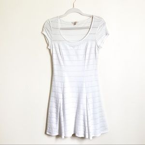Guess White Eyelet Summer Dress Size Small